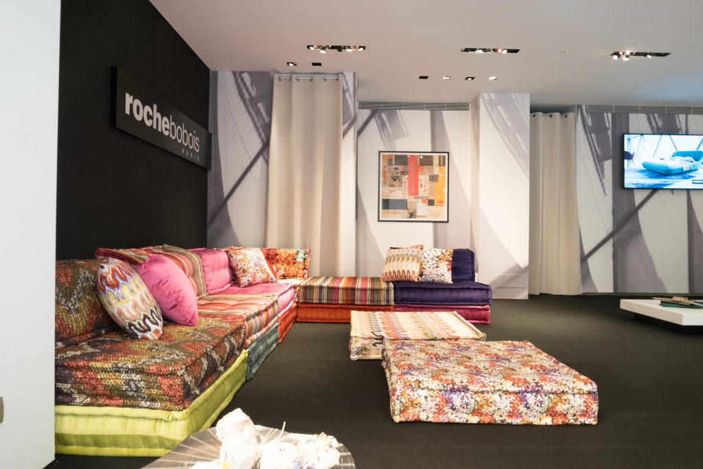 Patchwork sofa. ROCHEBOBIOS PARIS.  Foto: Jacek Tryc