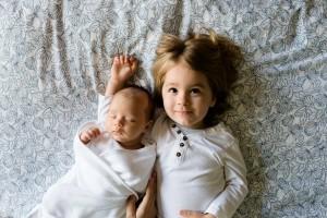 rodzeństwo łóżko pościel