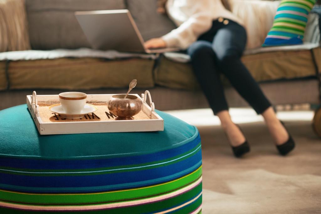dom do pracy zdalnej lite drewno rozeta motywy ludowe styl podhalański interiordesigner architekt wnętrz warszawa zakopane projektowanie wnętrz nowoczesne wnętrza minimalizm mocne akcenty