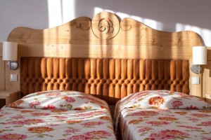 lite drewno rozeta motywy ludowe styl podhalański interiordesigner architekt wnętrz warszawa zakopane projektowanie wnętrz