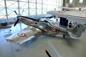 design P51 Mustang; bombowiec z II Wojny Światowej Museo Strico Aeronautica Militare