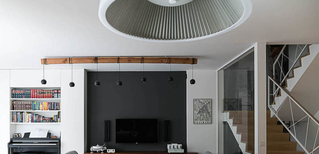 salon pokój dzienny dom na Żoliborz interiors living room piano pianino eleganckie wnętrza architekt wnętrz projektowanie wnętrz wnętrza ekskluzywne wnętrze