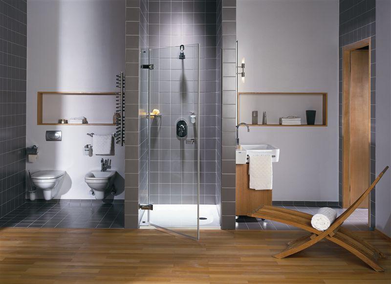 szara łazienka, drewno w lazience, łazienka prysznicem, salon kąpielowy, projektowanie wnętrz, ładne łazienka, projekt lazienki