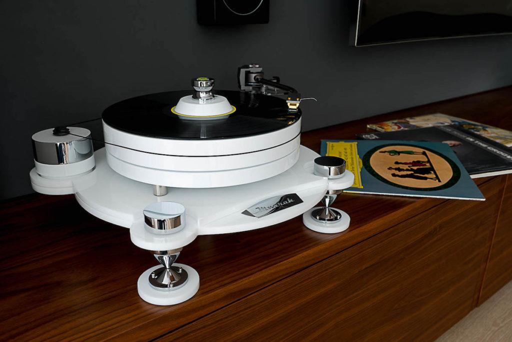 gramofon adapter muzyka słuchanie muzyki polska marka sprzęt muzyczny wzmacniacz lampowy muarah najwyższa jakość dźwięku dobre bo polskie blog architekt wnętrz poleca z pasja do dźwięku audiofilski sprzęt class=