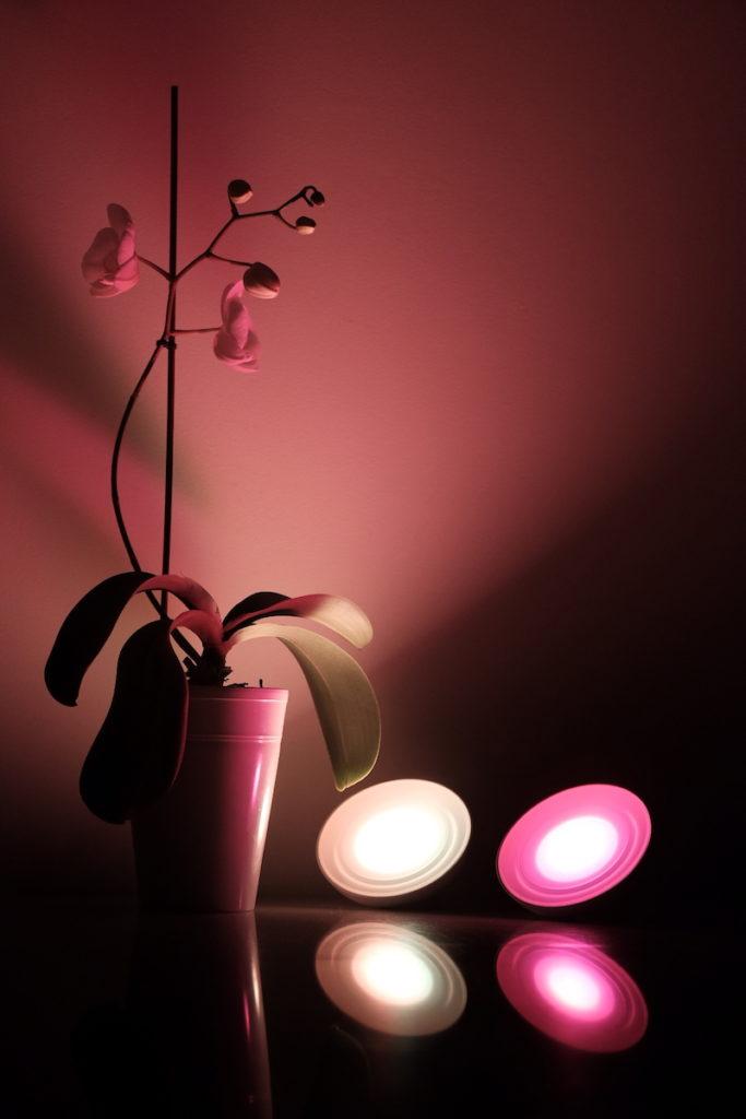 lampy stołowe czujnik ruchu inteligentne oświetlenie architekt Jacek Tryc blog philips lampy LED wnętrz