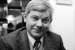 Herbert poeta polski potęga smaku estetyka literatura portret