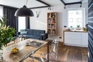 piękny salon z kuchnią projekt architekt wnętrz Jacek Tryc projektant Warszawa aranżacja domów aranżacja mieszkań piękne wnętrza luksusowe wnętrza z klasą