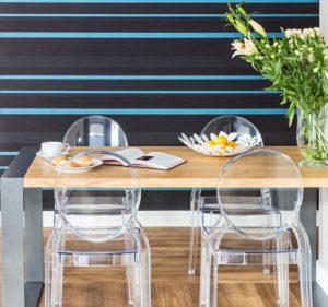 projekt wnętrz i mebli stół na wymiar nowoczesny minimalistyczny stół drewno i stal jadalnia w bloku p