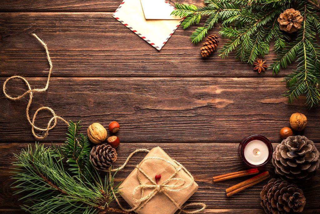 zaproszenia na wigile gość w dom organizujemy święta w domu świąteczny stół magia świąt jadalnia stół świąteczny
