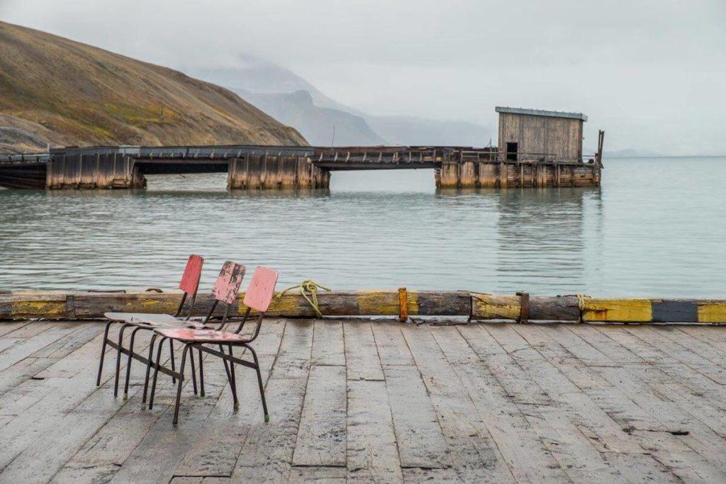 opuszczona kopalnia na Svalbardzie ZSRR Piramiden Arktyka Lodowiec podróże architekt wnętrz