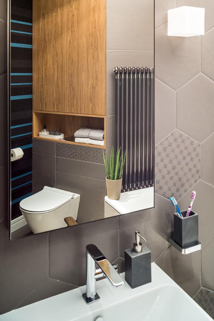 tapeta w łazience wodoodporna tapeta ładna tapeta Architekt wnętrz projektowanie wnętrz Jacek Tryc architekt wnętrz