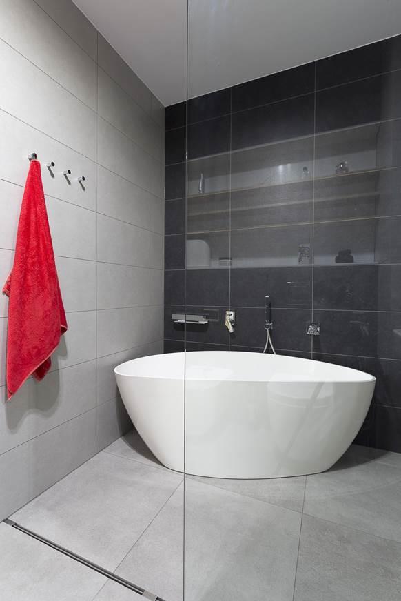 ładna łazienka piękna łązienka łazienka inspiracje łądna wanna szukam architektwa Warszawa Żoliborz szara łazienka