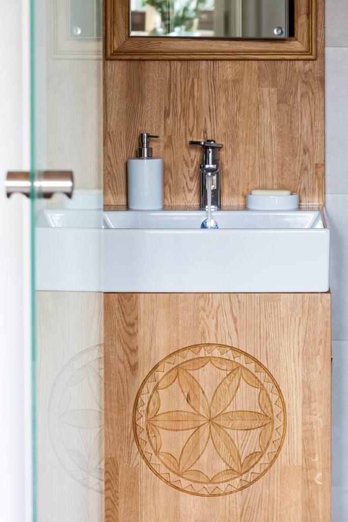 refleksje nad designem szafka pod umywalke meble i wnętrza autorska pracownia projektowania wnętrz Jacek Tryc