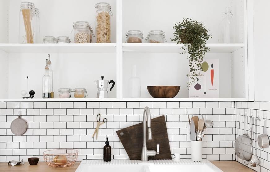 wabi-sabi japońska filozofia nowy trend w projektowaniu modny styl w aranżacji wnętrz 2018 rok inspirujące wnętrza trendy w aranżacji na 2018 modna kuchnia modne wnętrza kuchnia rustykalna autorska pracownia projektowania wnętrz luksusowe mieszania szukam architekta urządzam mieszkanie inspiracje wnętrza