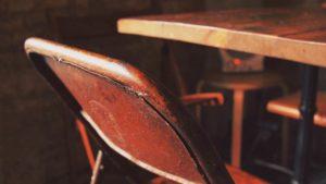 wabi sabi japoński styl projektowanie wnętrz trend 2018 modne wnętrza stare rzeczy wabi sabi lubi starocie utorks pracownia projektowania wnętrz blog o aranzcaji wnętrz blog o designie Jacek Tryc dobry architekt Warszawa ładne mieszkania luksusowe mieszkania projektowanie nadzór zaufany architekt dobra cena za wysoką jakość usług