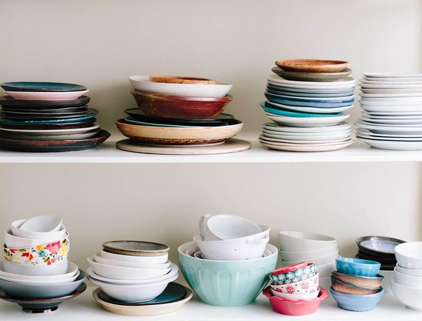czysty dom otwarte półki w kuchni porady architekta jak urządzić kuchnię
