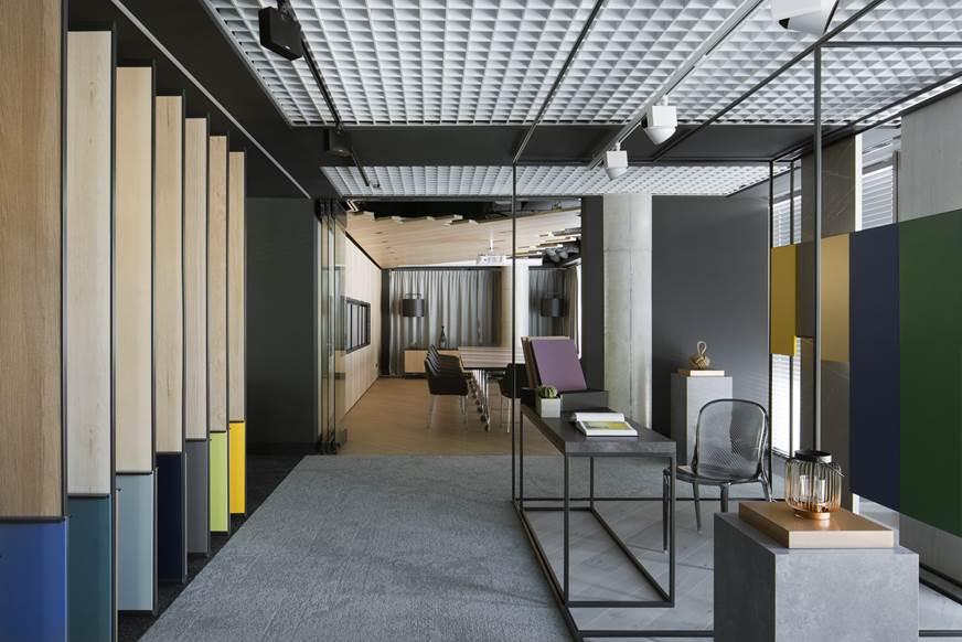 piękne wnętrza nowy showroom wnętrza Cosmoplitan Kronospan