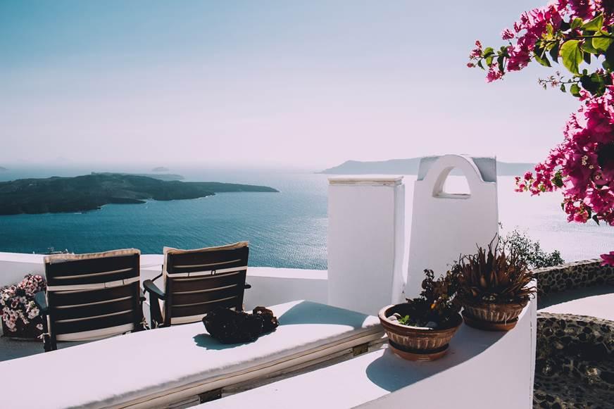 taras z widokiem na morze urządzamy taras fotele do ogrodu klimat śródziemnomrski