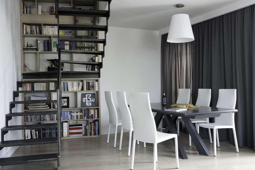 krzesła skórzane eleganckie piękny salon architekt wnętrz Warszawa Jacek Tryc
