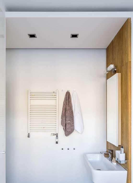 oświetlenie w łazience projektowanie wnętrz Warszawa architekt Jacek Tryc aranżacja łazienki