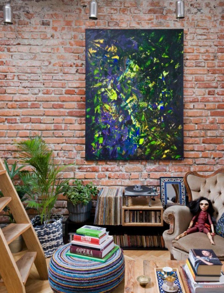 Chi-Chi Ude mieszkanie centrum Warszawy eklektyzm w domu aranżacja wnętrz cegła w domu afrykańska księżniczka projeketownie moda Warszawa